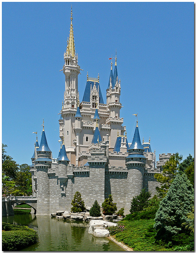 Magic-kingdom-cinderella-castle
